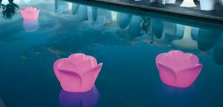luminaire-flottant-rose.jpg