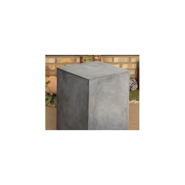 Cube en béton gris