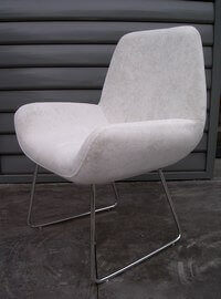 Chaise-confort-seventies-blanc-200.jpg