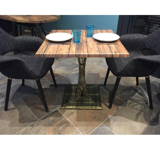 table oakland avec pied Eiffel